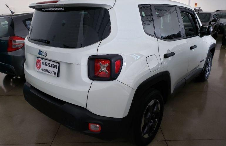 Jeep Renegade 1.8 16v - Foto #3