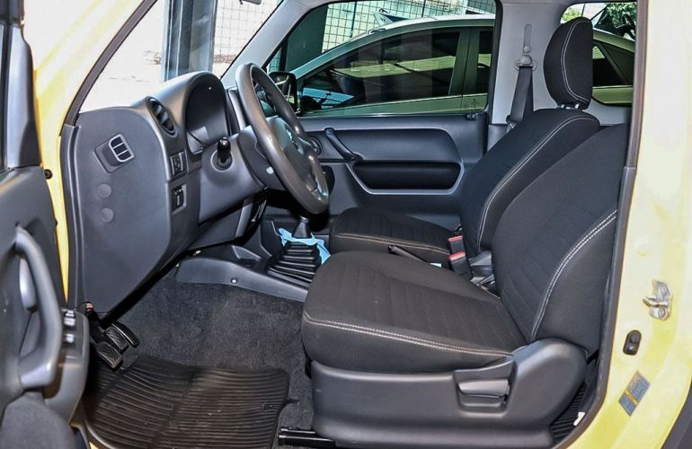 Suzuki Jimny 1.3 4all 4x4 16v - Foto #4