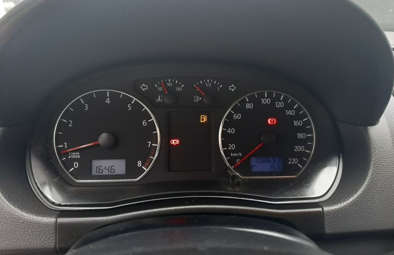 Volkswagen Polo 1.6 Mi 8V Total - Foto #9