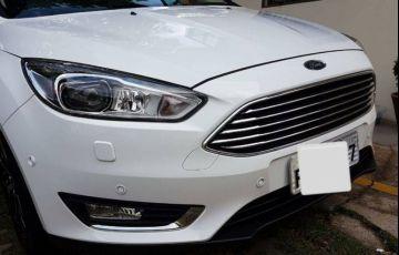 Ford Focus Hatch Titanium Plus 2.0 PowerShift - Foto #3