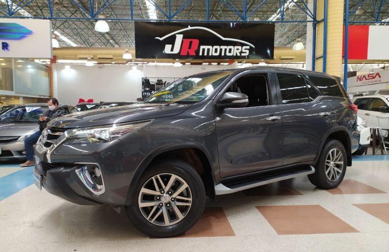 Toyota Hilux Sw4 4.0 Srx 4x4 7 Lugares V6 24v - Foto #1