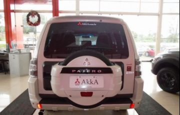 Mitsubishi Pajero Full HPE 4X4 3.2 - Foto #6
