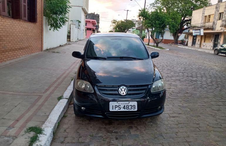 Volkswagen Fox Black 1.0 8V (Flex) 4p - Foto #2