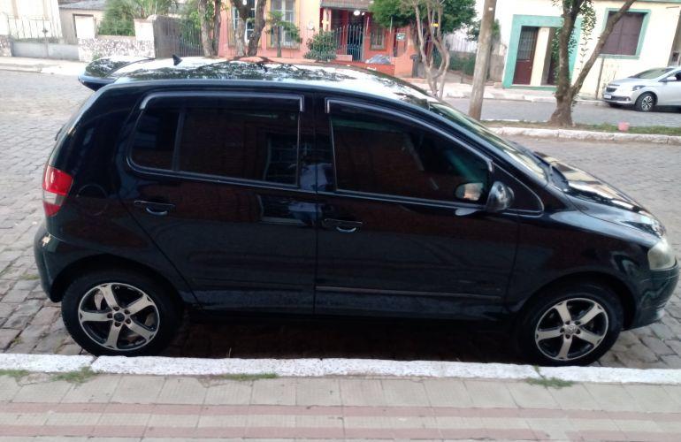Volkswagen Fox Black 1.0 8V (Flex) 4p - Foto #4