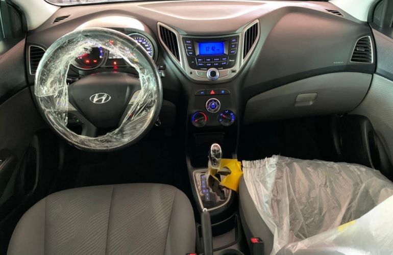 Hyundai HB20S 1.6 Premium (Aut) - Foto #8