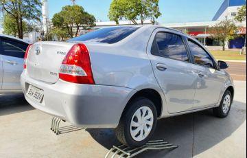 Toyota Etios Sedan XS 1.5 (Flex) (Aut) - Foto #2
