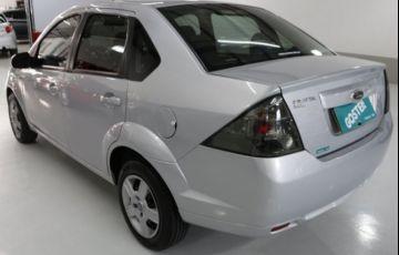 Ford Fiesta Sedan 1.6 MPI 8V Flex - Foto #5