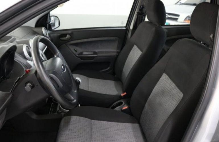 Ford Fiesta Sedan 1.6 MPI 8V Flex - Foto #10