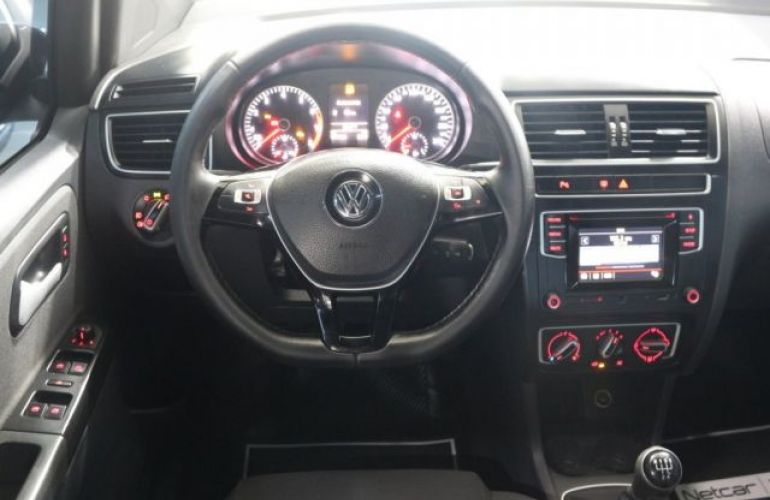 Volkswagen Fox Run 1.6 Total Flex - Foto #6