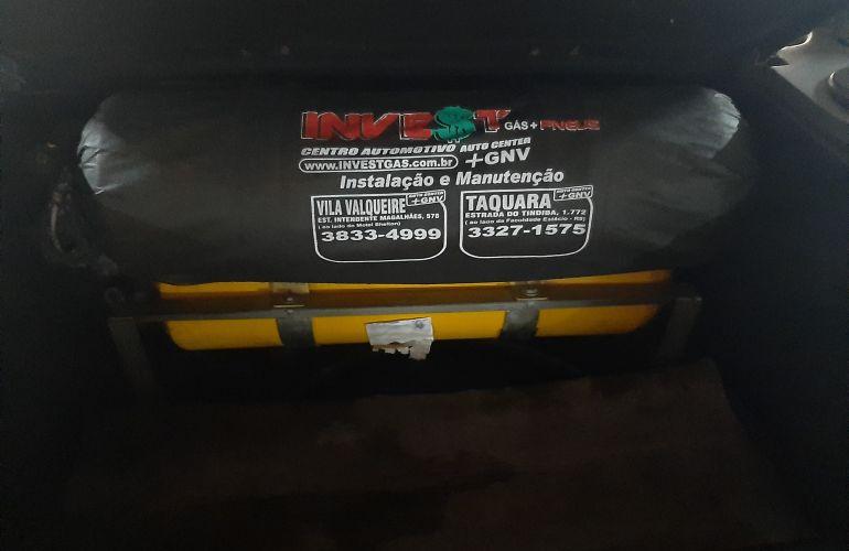 Ford Escort Hatch GL 1.6 MPi 8V - Foto #9