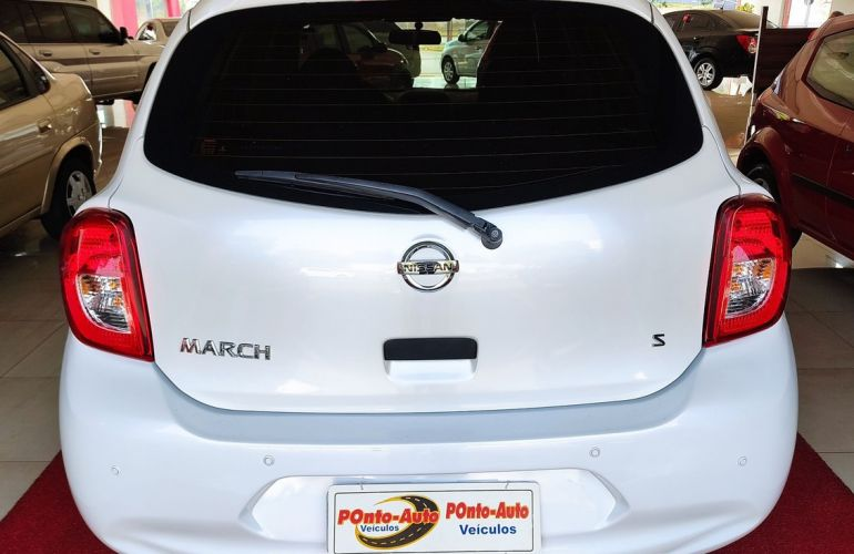 Nissan March 1.0 S 12v - Foto #4