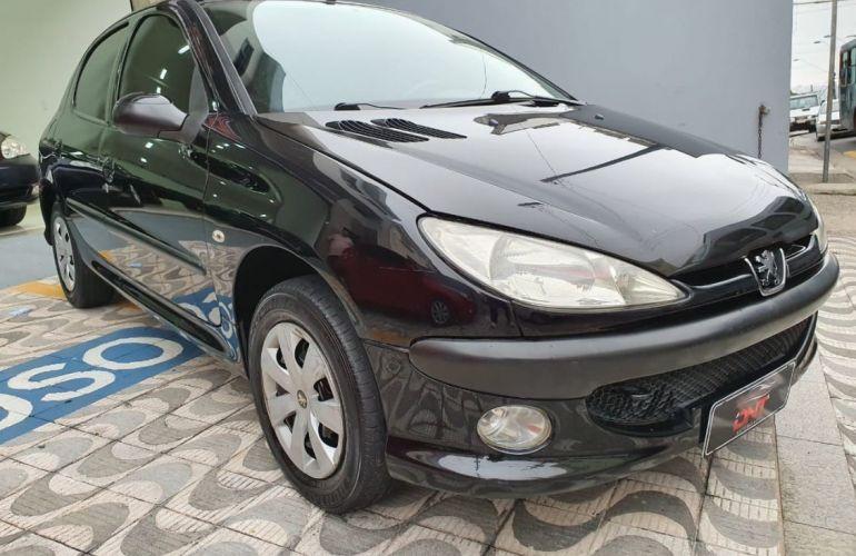 Peugeot 206 1.4 Presence 8v - Foto #2