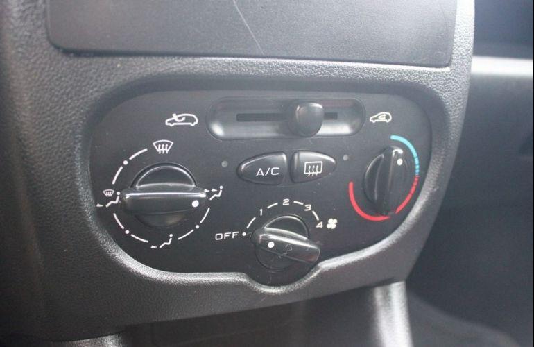 Peugeot 207 1.4 Xr 8v - Foto #10