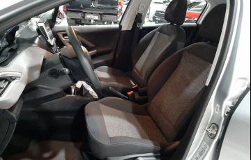Peugeot 208 1.2 Active Pack 12v - Foto #5