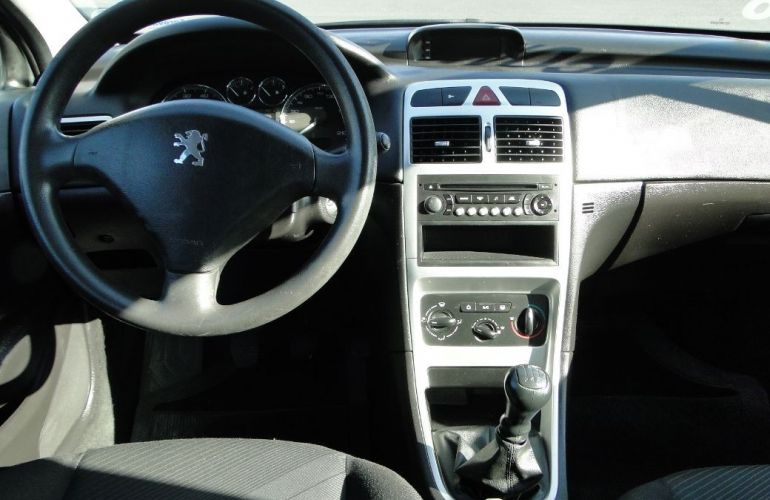 Peugeot 307 1.6 Presence 16v - Foto #5