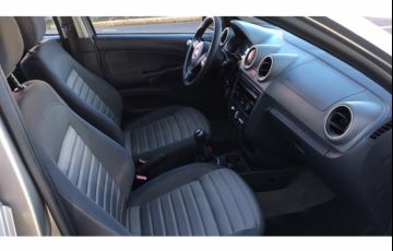 Volkswagen Voyage (G6) Comfortline 1.6 (Flex) - Foto #7