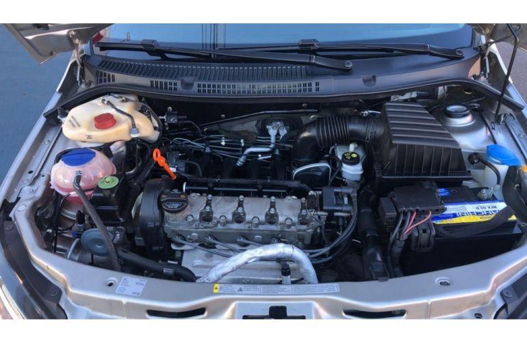 Volkswagen Voyage (G6) Comfortline 1.6 (Flex) - Foto #9