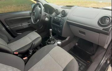 Ford Fiesta Hatch 1.0 (Flex) - Foto #5