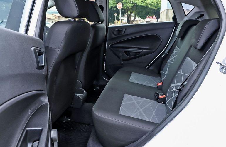 Ford Fiesta 1.5 SE Hatch 16v - Foto #7