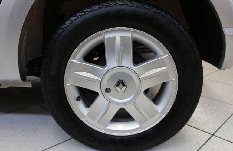 Renault Sandero Privilége 1.6 16V Hi-Flex - Foto #9