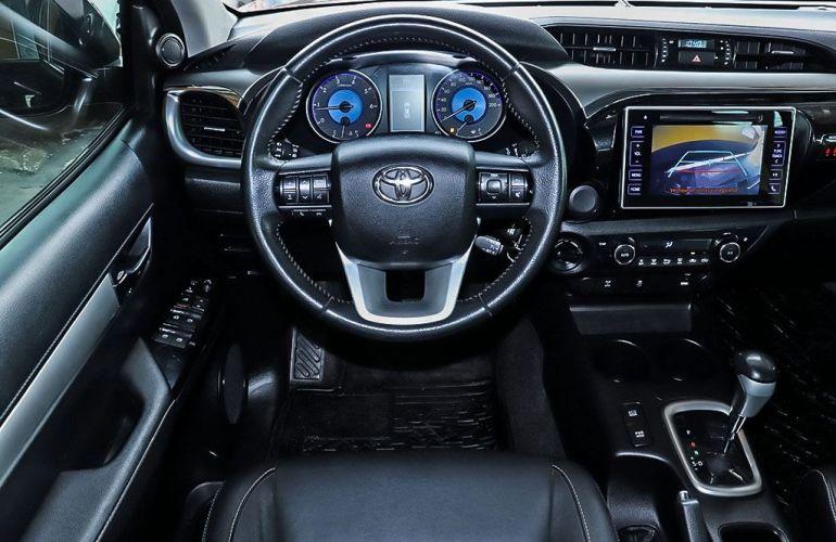 Toyota Hilux 2.8 Srv 4x4 CD 16v - Foto #5