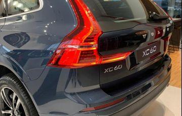 Volvo XC60 2.0 T8 Hybrid Momentum AWD Geartronic - Foto #3
