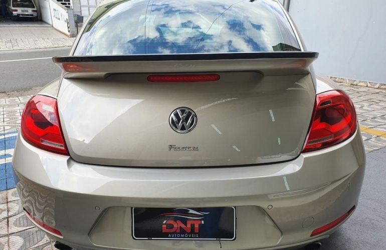 Volkswagen Fusca 2.0 TSi 16v - Foto #5