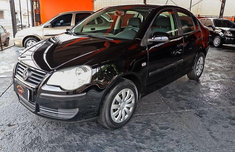 Volkswagen Polo Sedan 1.6 Mi 8v - Foto #3