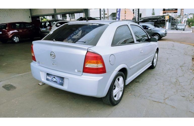 Chevrolet Astra Hatch 2.0 8V 2p - Foto #4