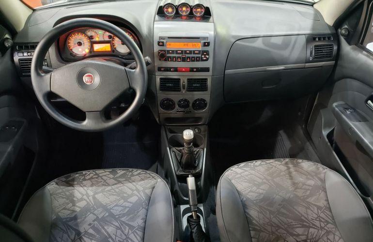 Fiat Palio 1.8 MPi Adventure Locker Weekend 8v - Foto #7