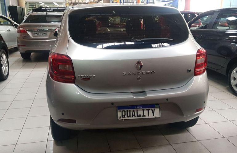 Renault Sandero 1.6 Expression 8v - Foto #9