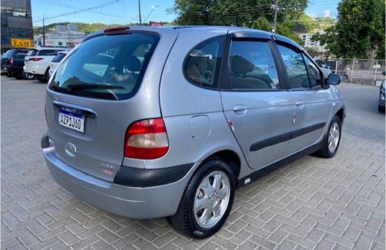 Renault Scénic Privilège 1.6 16V (flex) - Foto #4