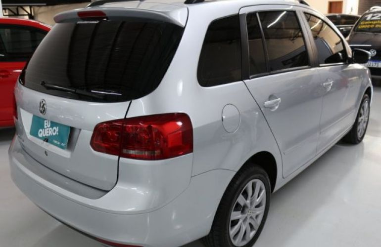 Volkswagen Spacefox Trend 1.6 Mi 8V Total Flex - Foto #3