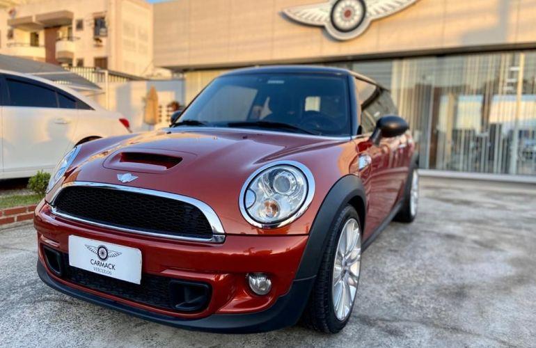 Mini Cooper 1.6 S 16V Turbo - Foto #1