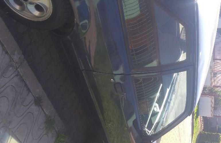 Ford Escort Hatch Hobby 1.0 - Foto #2