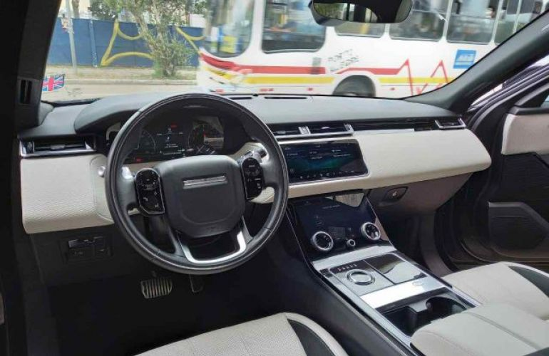 Land Rover Range Rover Velar P300   R-DYNAMIC SE 2.0 - Foto #6