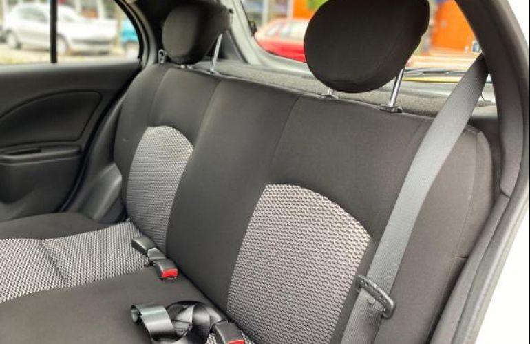 Nissan S 1.0 12v Flex 5p - Foto #6