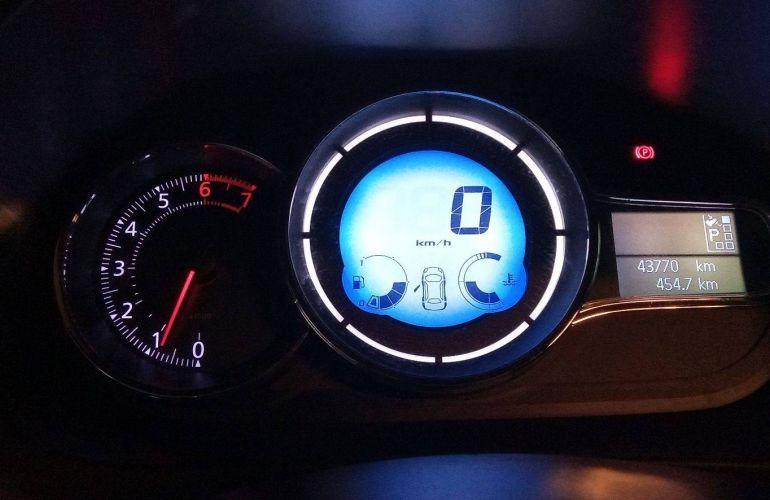 Renault Fluence 2.0 16V Privilege X-Tronic (Flex) - Foto #8