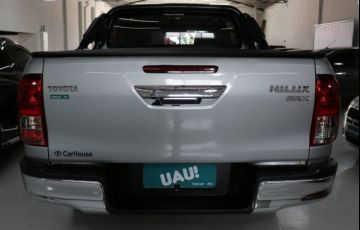 Toyota Hilux Srx 4x4 Cd 2.8  16v Diesel 4p - Foto #4