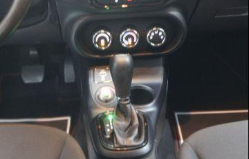 Fiat Toro Freedom 1.8 16v AT6 - Foto #8