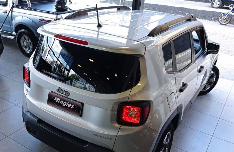 Jeep Renegade 1.8 16V Sport - Foto #4