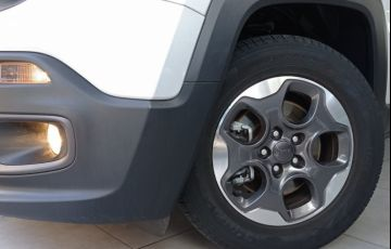 Jeep Renegade 1.8 16V Sport - Foto #10