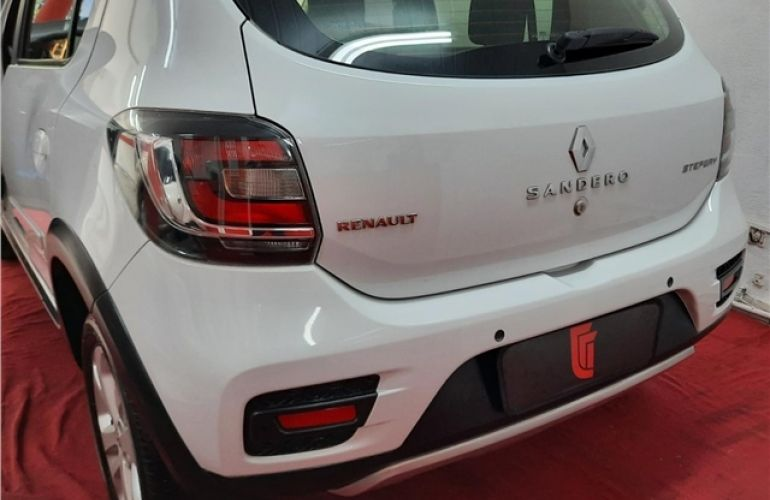 Renault Sandero 1.6 Stepway 8V Flex 4p Automatizado - Foto #5