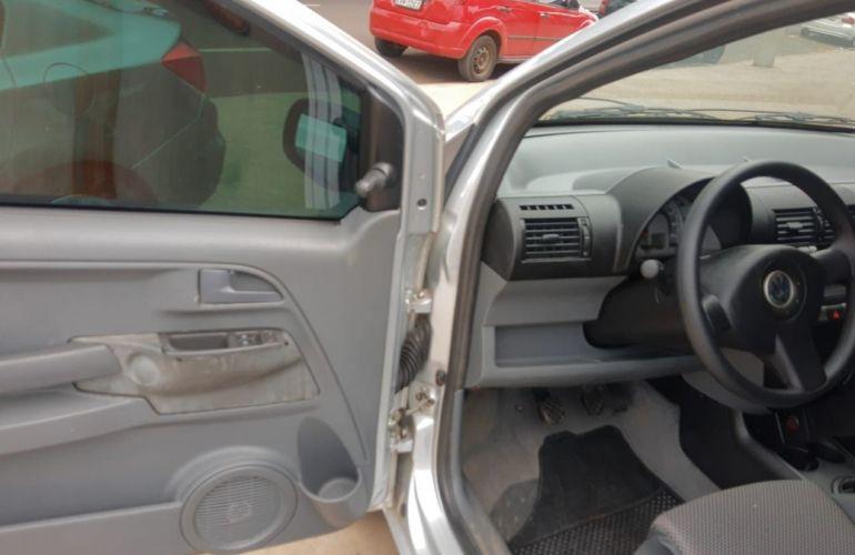 Volkswagen Fox 1.0 Mi 8v - Foto #9