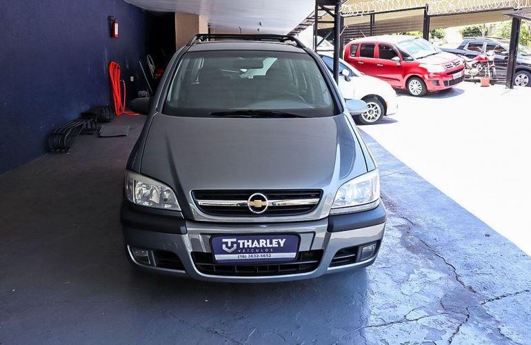 Chevrolet Zafira 2.0 MPFi Elegance 8v - Foto #1