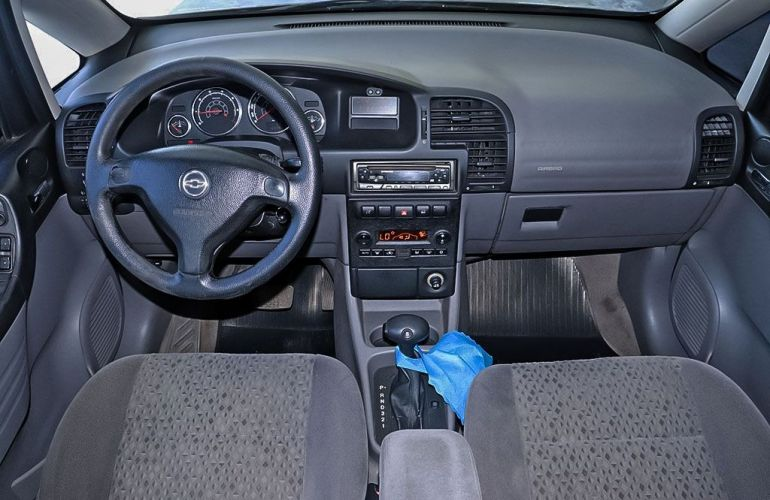 Chevrolet Zafira 2.0 MPFi Elegance 8v - Foto #5