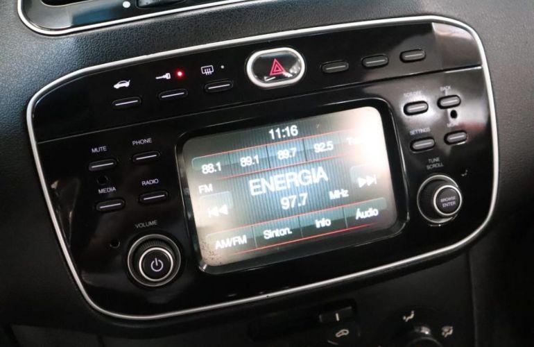 Fiat Linea 1.8 Essence 16v - Foto #8