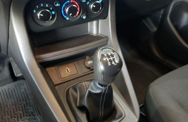 Ford Ka 1.0 SE Plus 12v - Foto #10