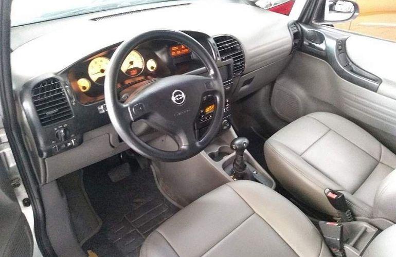 Chevrolet Zafira 2.0 MPFi Expression 8v - Foto #4