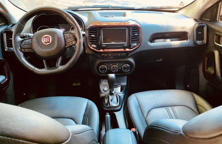 Fiat Toro Freedom 1.8 AT6 4x2 (Flex) - Foto #4